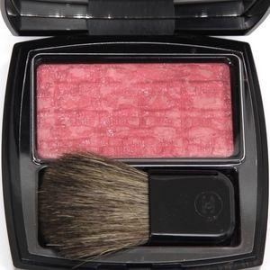 CHANEL Powder Blush Pink TWEED EVANESCENT 130 NEW